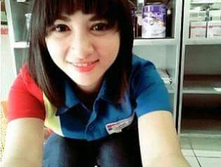 Siti Rohmah: Si Kasir Cantik ini Pun Sudah Berubah Menjadi Artis..!!!