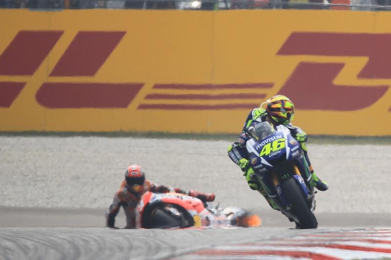 """MotoGP Malaysia: Rossi: """"Saya Tidak Menendang Marquez"""""""