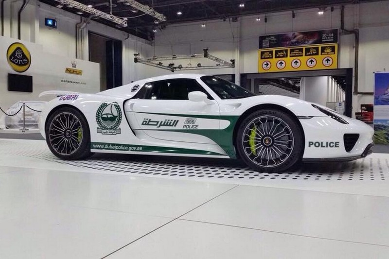 Porsche Spyder 918 Lengkapi Armada Kepolisian Dubai