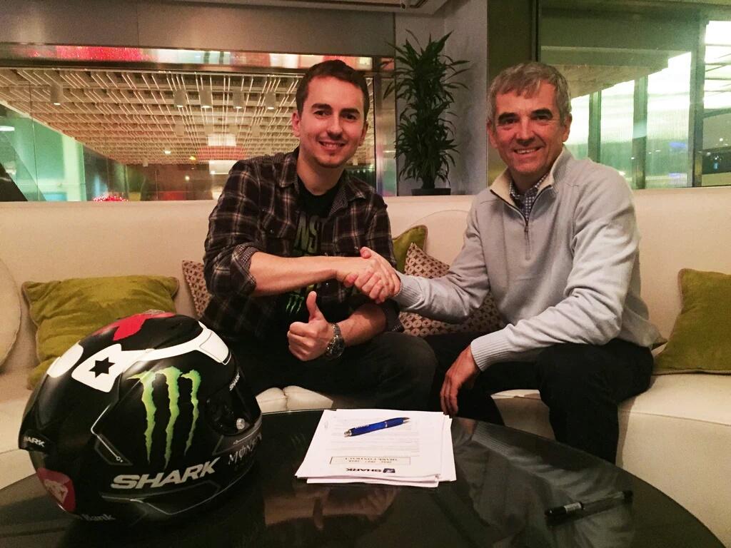 Lorenzo Kontrak Helm Shark.. Akhiri Kerjasama dengan HJC