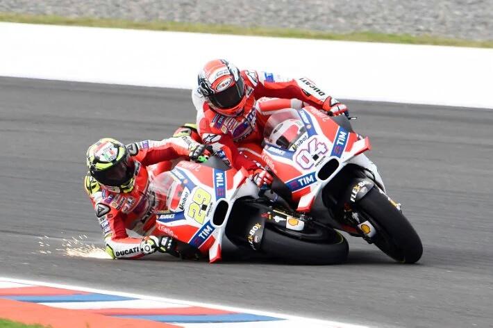 MotoGP: Andrea Iannone diganjar satu poin penalti dan penurunan tiga grid start atas kecerobohannya di Argentina