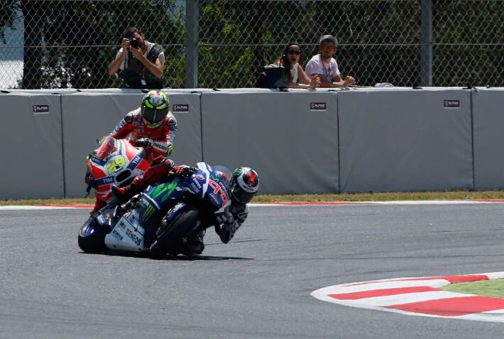 MotoGP: Iannone Sebut Lorenzo terlalu Pelan