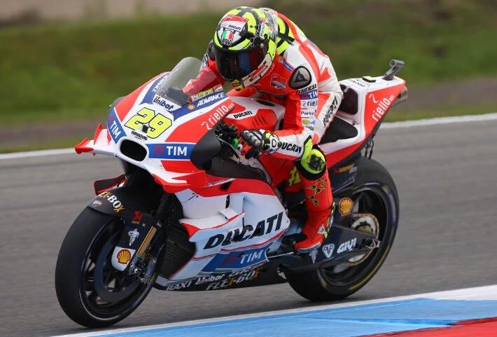 Andrea Iannone kembali Tercepat di FP2 MotoGP Assen.. Rossi kedua Marquez ketiga…!!!