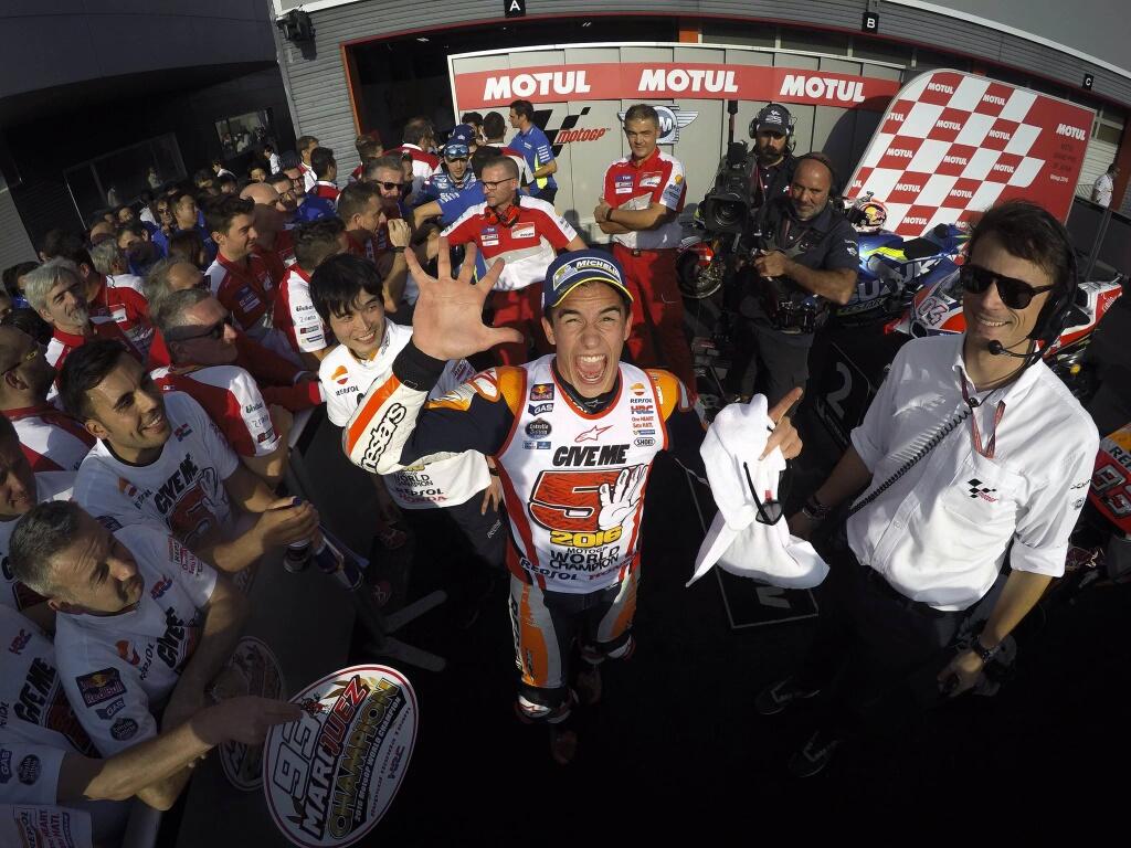 Kemenangan Sempurna di Motegi Antarkan Marquez sebagai Juara Dunia MotoGP 2016