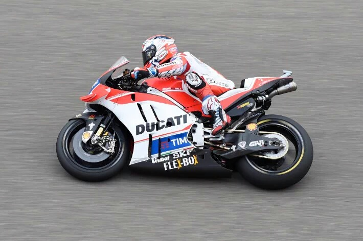 Andrea Dovisiozo Tercepat di FP1 MotoGP Motegi Jepang 2016. Marquez Dua Rossi Empat