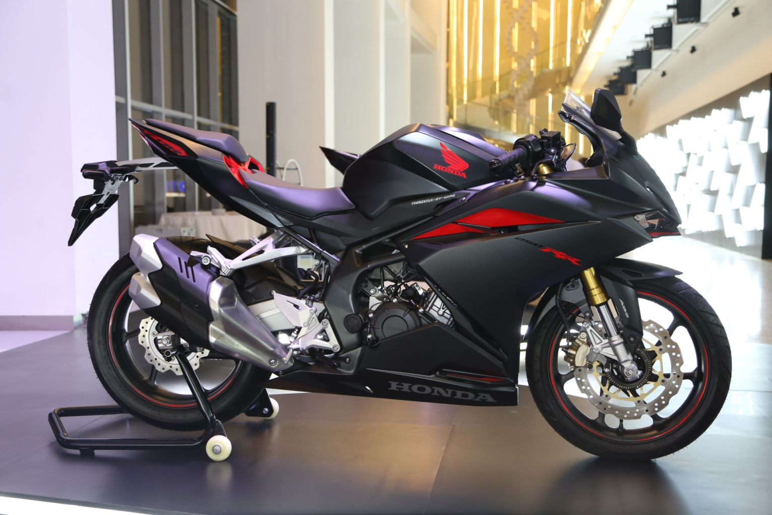 Berikut Harga Dan Simulasi Kredit All New Honda Cbr250rr Untuk
