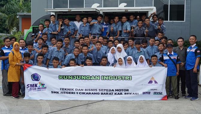 Wujudkan Program Link and Match Industri-Sekolah, Tekiro Edukasi SMKN 1 Cikarang