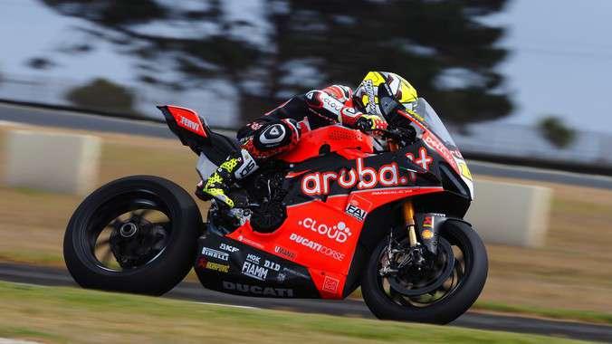WSBK: Bautista dan Ducati V4R Ngamuk di Session 1 Tes PI, Yamaha Mengancam