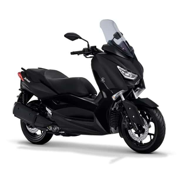 Makin Laris, Harga Yamaha XMAX terbaru Mepet R25